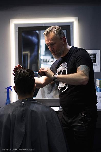 Jonn, Master Stylist, Cutting Room Salon